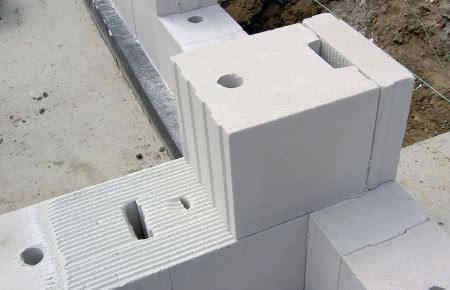 Ściana z bloczków silikatowych