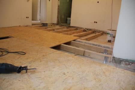 Płyty OSB są najczęściej wykorzystywanym materiałem drewnopochodnym.